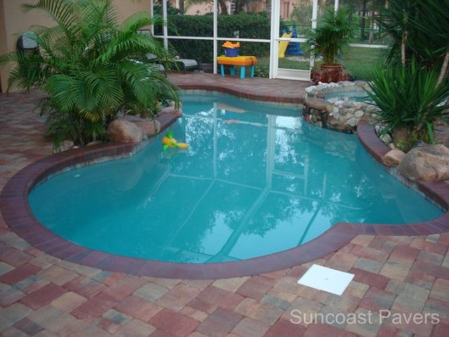Decks finishes big splash pool spas of tampa bay for Splash pool show gold coast